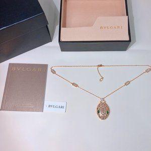 Bulgari      Necklaces